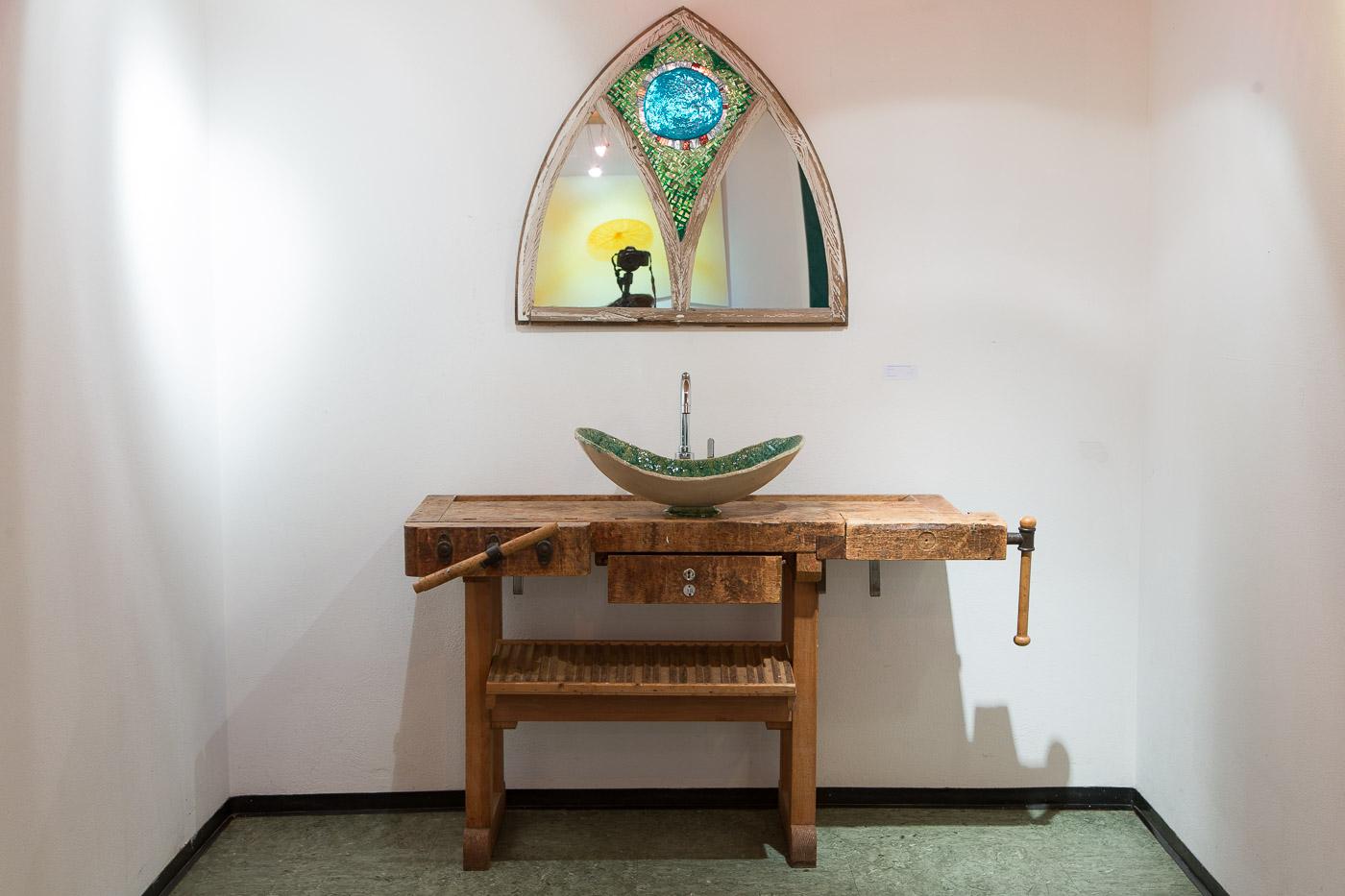 waschtisch atelier keramikeria keramik mosaik design. Black Bedroom Furniture Sets. Home Design Ideas